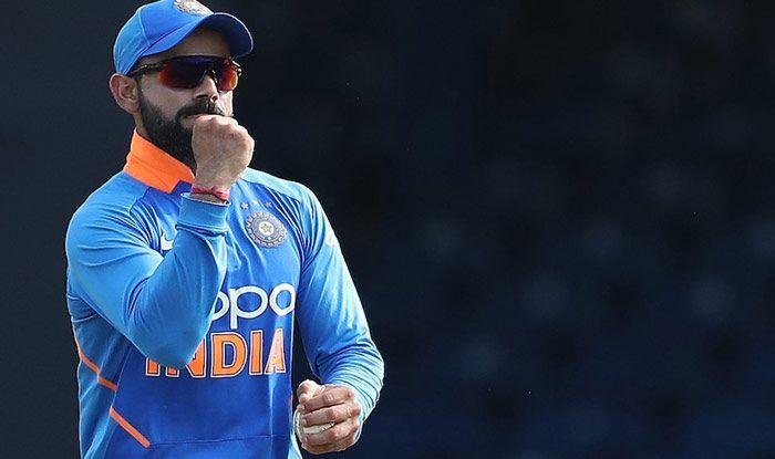 Virat Kohli, Sachin Tendulkar, MS Dhoni, Virat Kohli Most Followed Cricketer on Social Media, Kohli Pips Tendulkar, Kohli Better Than Dhoni, Kohli vs Tendulkar, Kohli Pips Tendulkar-Dhoni in Most Followed Social Media Cricketer, Team India, Kohli Most Followed on Twitter-Instagram, Kohli Most Followed Cricketer, Kohli Best Cricketer in World, Kohli Most Followed Cricketer on Twitter