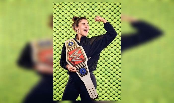 US Open Champion Andreescu Receives Customised WWE Belt