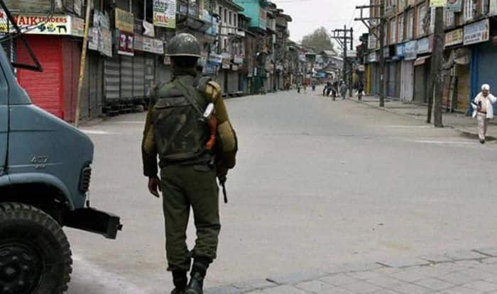 Kashmir Lockdown: Schools, Colleges to Reopen by October 10