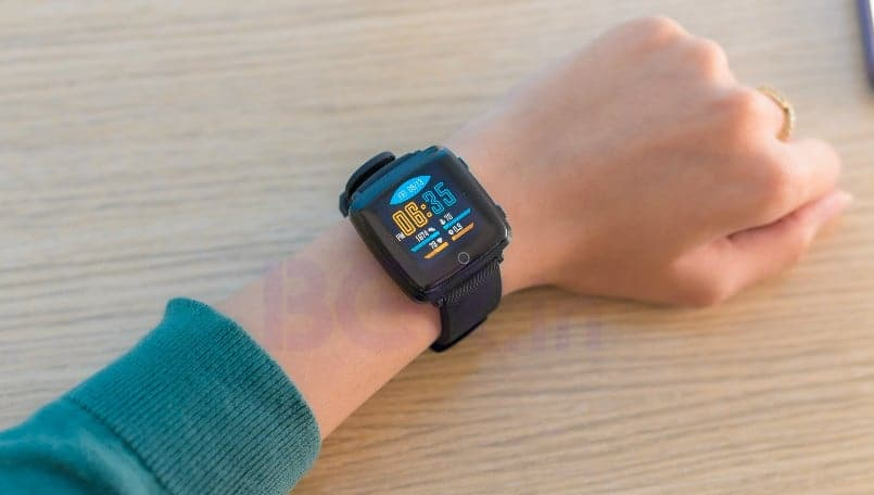 Lenovo Carme HW25P first impressions: Smartwatch with color display, IP68 rating and more