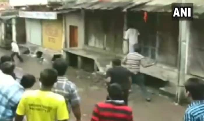 MP: 168 Injured as Villagers Pelt Stones During 'Gotmaar' Festival in Chhindwara   Watch