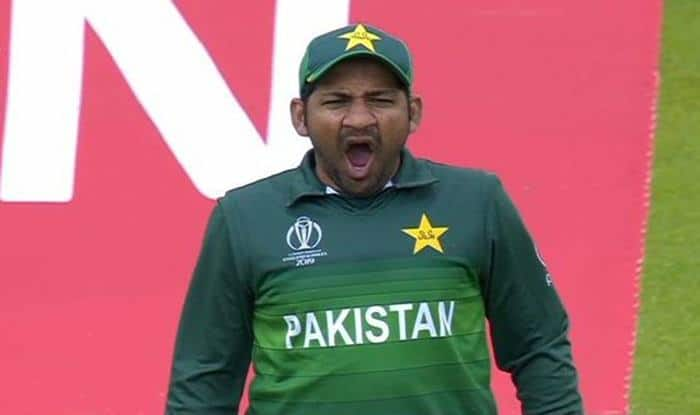 Sarfaraz Ahmed, Sarfaraz Ahmed should be sacked, Sarfaraz Ahmed should be removed from Pakistan Captain, Pakistan Cricket Team, Sarfaraz Ahmed to be Sacked as Pakistan Cricket Skipper, Pakistan Cricket Team-Sarfaraz Ahmed, Shahid Afridi, Zaheer Abbas, Afridi-Abbas call for sacking Sarfaraz, Sarfaraz Ahmed sacking as Pakistan captain, Cricket News, Pakistan vs Sri Lanka 2019, Sarfaraz Ahmed to continue as T20I and ODI captain, Sarfaraz Ahmed removal as Pakistan Test skipper, Sarfaraz Ahmed trolled