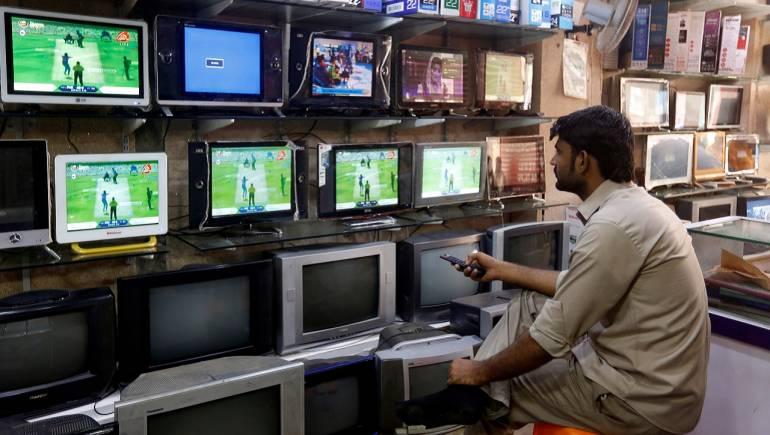 Centre Scraps Import Duty, TV Set Prices to Dip 3-4%