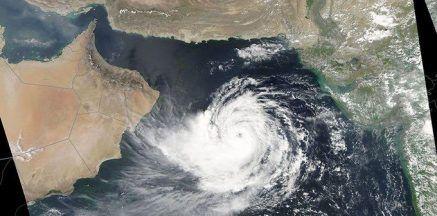 Principal Secretary to PM Reviews Preparedness as Cyclone Bulbul Likely to Turn 'Very Severe'