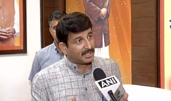 'Manoj Tiwari Will be First to Leave if NRC Implemented in Delhi,' Says Arvind Kejriwal   Watch