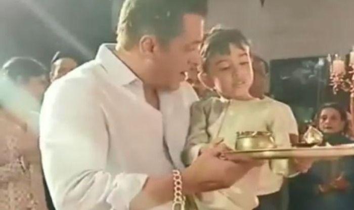Salman Khan and Ahil perform Ganpati aarti at Arpita Khan Sharma and Aayush Sharma's house
