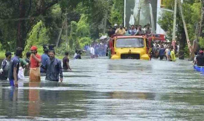 Heavy Rainfall Alert in Kerala, Tamil Nadu; Flood Warning in Karnataka