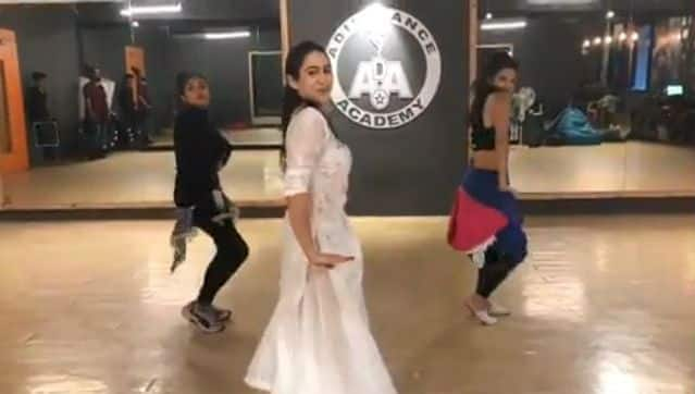 Sara Ali Khan's Dance Video of Practicing Her First Song 'Sweetheart' From Kedarnath Will Make You Watch on Repeat