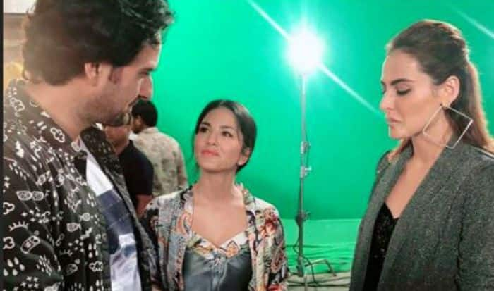 Sunny Leone Shares BTS Moments From The Sets of KokaKola, Take a Look