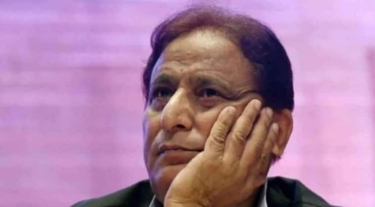 Azam Khan Breaks Down At UP Rally, Says He's Been Accused of Stealing Goats and Hens
