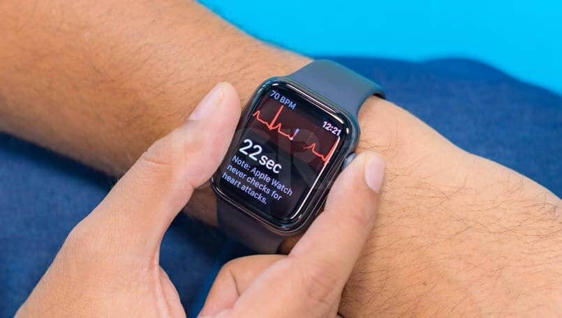 Apple Watch detects hard fall, saves man's life in the US
