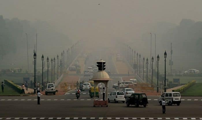Stubble Burning in Haryana And Punjab Continues to Choke Delhi; Air Quality Plunges to 'Severe' Category