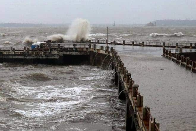 Cyclone Kyarr to Intensify into a Super Cyclonic Storm Very Soon, Warns IMD