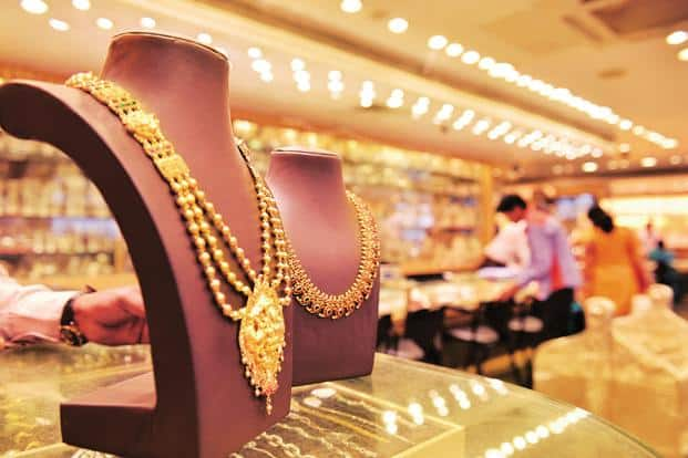 Buying Gold This Dhanteras? Know The Rates in Indian Metro Cities