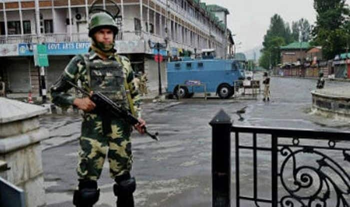 Jammu And Kashmir: 'Leave Shopian', Police to Non-Local Truck Drivers After 5 Deaths in 4 Terror Attcks