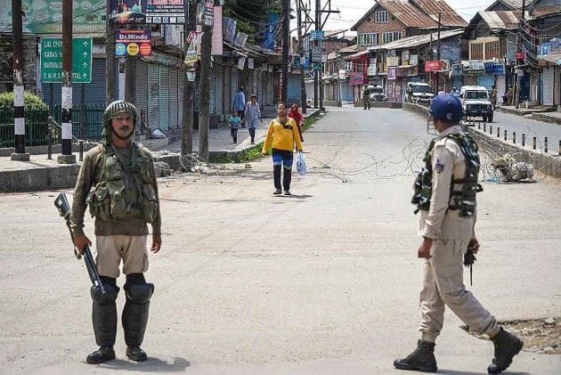 After 84 days of Lockdown, Kashmir Businesses Suffer a Loss of Rs 10,000 Crore, Says Trade Body