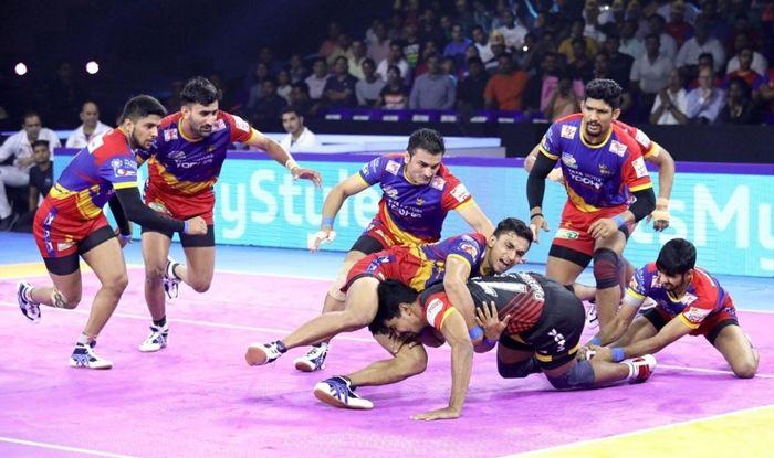 U.P Yoddha Wrap up Home Leg With Convincing 45-33 Win Over Bengaluru Bulls, Pro Kabaddi League, Pro Kabaddi League latest news, PKL 2019, Kabaddi News, Shrikant Jadhav, Surender Gill