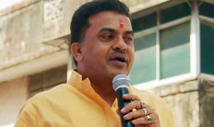 'Get Ready For Early Elections', Tweets Congress' Sanjay Nirupam as Political Drama in Maharashtra Heats up