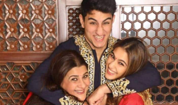 Sara Ali Khan with Amrita Singh and Ibrahim Ali Khan