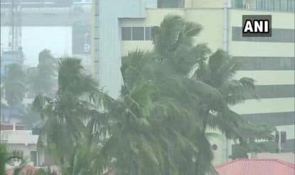 IMD Issues Red Alert in Lakshadweep, Orange & Yellow Alert in Kerala in View of Rain, Strong Winds