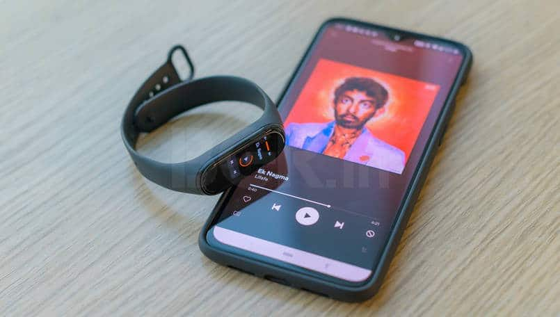 New Mi Band 4 update adds the ability to customize Auto Screen Off Timer via Mi Fit app