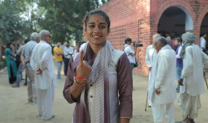 Assembly Elections 2019, Assembly Elections Live 2019: Babita Phogat Casts Vote, Vows to Promote Sports if Elected | India.com | India.com News