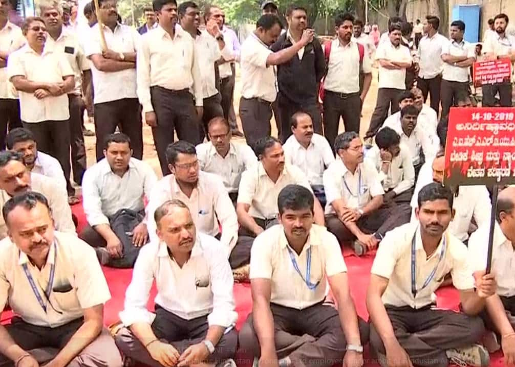 Over 10,000 HAL Workers Begin Indefinite Strike After Wage Revision Talks Fail