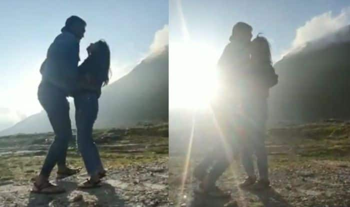Milind Soman-Ankita Konwar Dance And Kiss Each Other on The Highest Point of Rohtang, Manali – Watch Video
