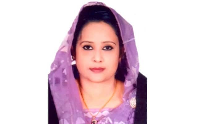 Bangladeshi Politician Expelled From University After She 'Hired 8 Lookalikes' To Take Her Place in Exams