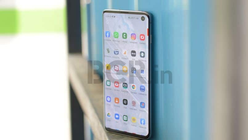 Samsung is fixing Galaxy S10's fingerprint recognition problem