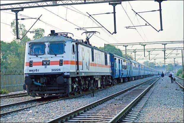 RTI Reveals That Indian Railways Made More Than Rs 35,000 Crore In 10 Years Just By Selling Scrap