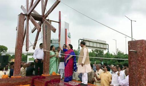Union Minister Smriti Irani Inaugurates India's Largest Plastic-made Charkha in Noida On Gandhi Jayanti Eve