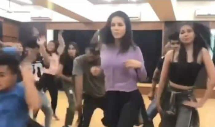 Sunny Leone's Hot Dance Moves From Recent Rehearsal go Viral- Watch