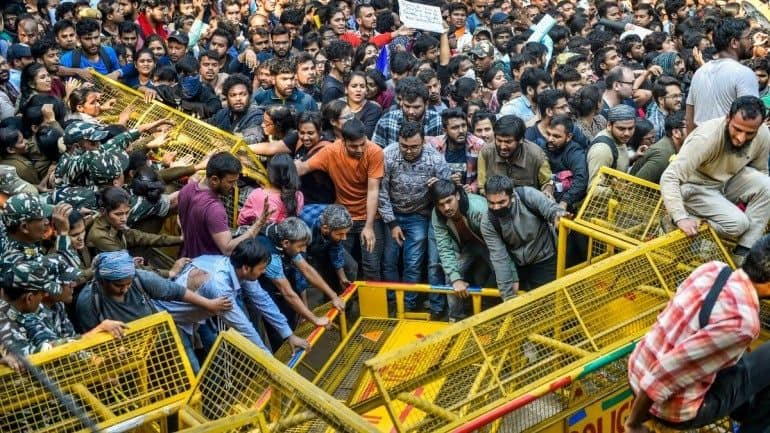 Fee Hike Row: JNU Cites Rs 45-Crore Deficit, Says Misinformation Campaign Being Run
