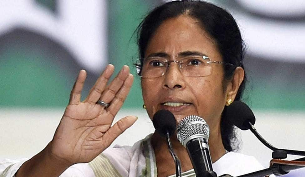 'I Know That Govt is Using…,' Here's What Mamata Banerjee Said Over Whatsapp Spygate Row