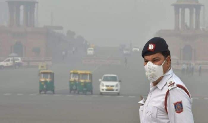 Odd-Even Scheme Begins in Delhi as City Battles to Breathe; CM Urges Citizens to Follow Rules, Use Carpooling
