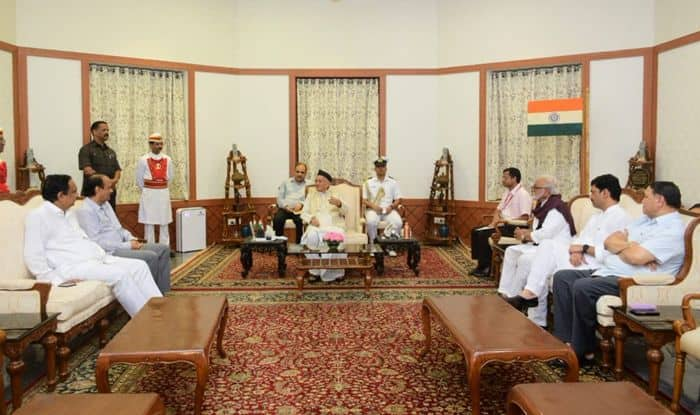 Maharashtra Turmoil: 'Thackeray CM' Dream Unlikely For Sena as NCP Meets Guv Over Govt Formation | Roundup