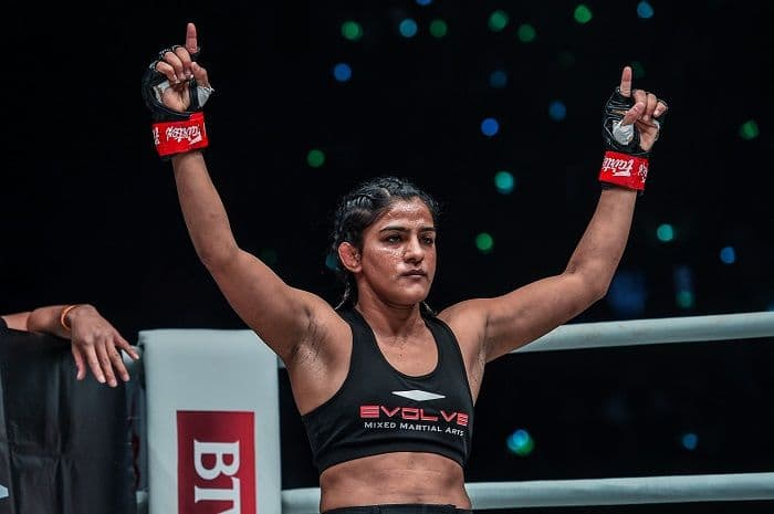 Ritu Phogat Makes Successful MMA Debut, Earns Dominating Victory Over South Korean Opponent