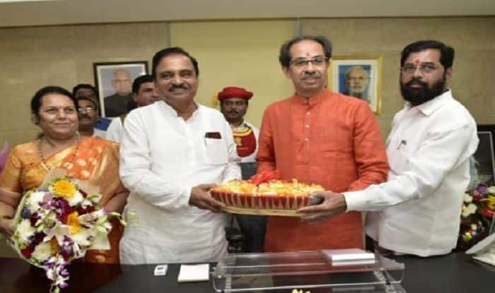 Maharashtra Govt Formation: Uddhav Thackeray Takes Charge as Chief Minister, Likely to Face Floor Test on Saturday