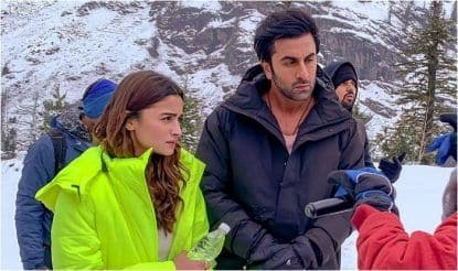 Alia Bhatt-Ranbir Kapoor's Latest Viral Pictures Flood The Internet as They Shoot For Brahmastra Song in Manali