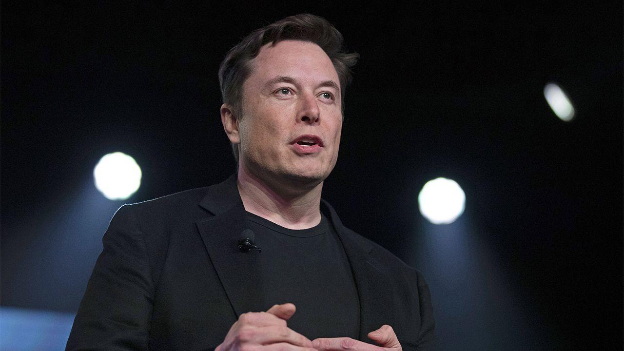 Pre-Booking For Elon Musk's High-Speed Starlink Satellite Internet Begins in India