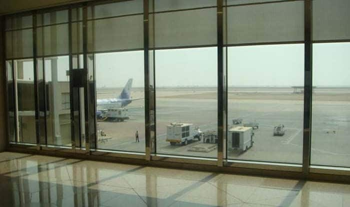 https://static.india.com/wp-content/uploads/2020/03/Saudi-Airport.jpg