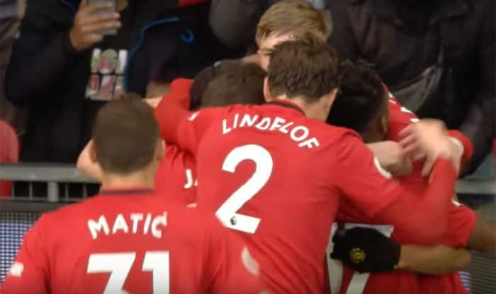 Premier League Wrap Manchester United Beat Manchester City 2 0 Chelsea Crush Everton 4 0 Football News