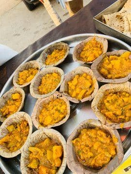 Wahid Biryani serves veg food and milk to migrant workers passing Lucknow on their way to their hometowns