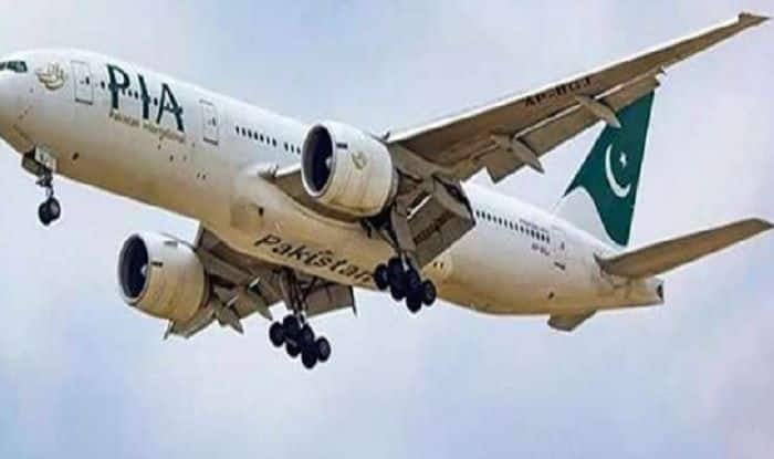 US bans Pakistan's International Flights after rumors over pilots' fake license
