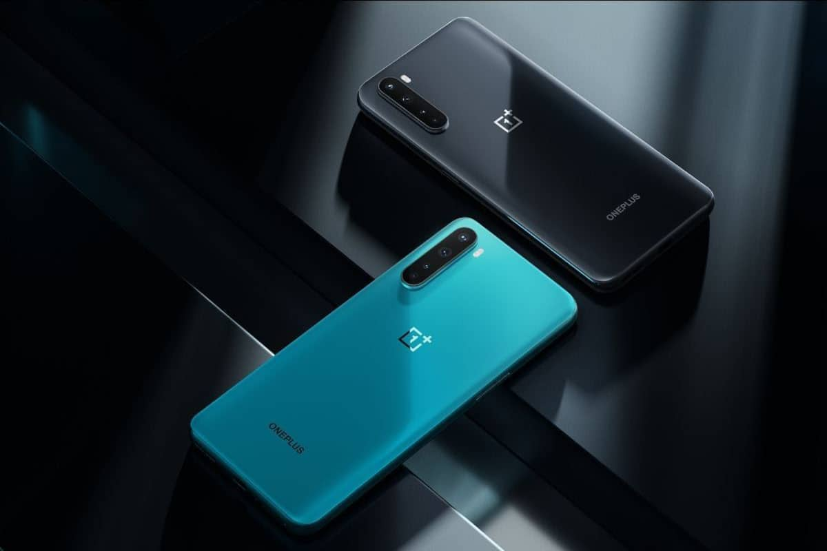 Top 10 Best Phones under 25000 in India in 2020