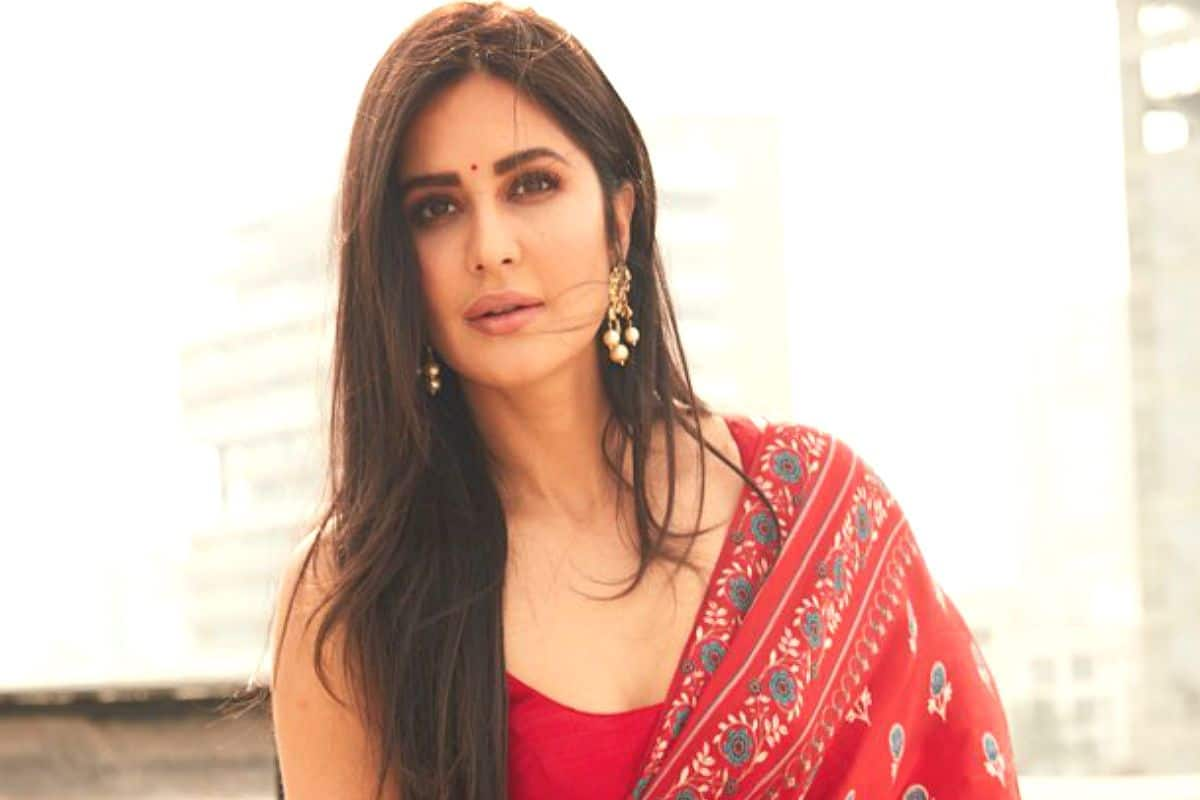 Katrina Kaif in Red Sports Bra and Tights is Setting Fitness Goals, Does  Pilates with Yasmin Karachiwala- Watch Video