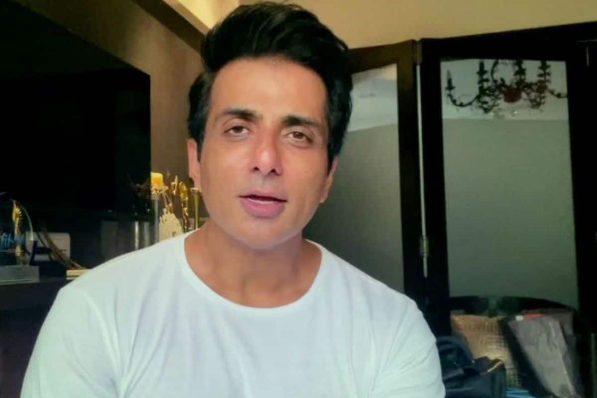 Sonu Sood Provides 16 Oxygen Cylinders To Bengaluru Hospital, Saving 22 Covid-19 Patients