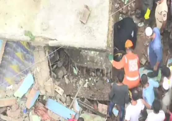Maharashtra News: 10 Dead, Several Feared Trapped After Three-storey Building Collapses in Bhiwandi; Rescue Ops Underway
