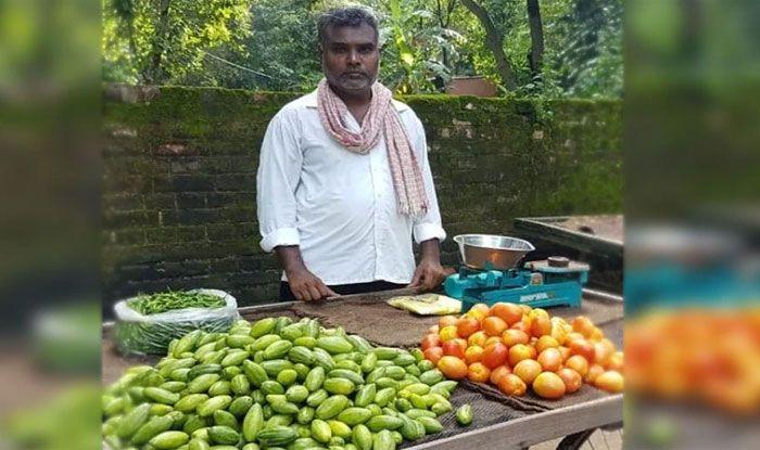 Balika Vadhu Director Rambriksh Gaur Selling vegetables in Azamgarh